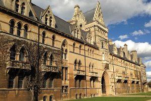 Uniwersytet w Wielkiej Brytanii