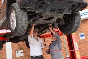 MOT w UK - przeglad samochodu w Wielkiej Brytanii - poradnik - cena