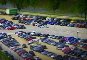 parkingi przy lotniskach w Wielkiej Brytanii - porównywarka