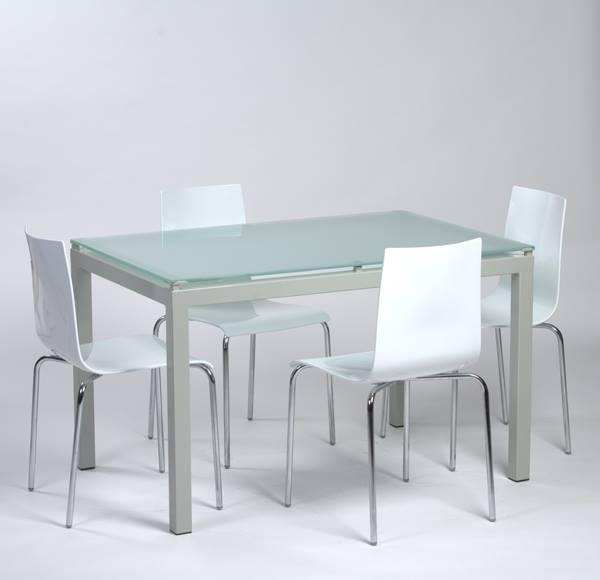table agatha verre sable 04 chaise