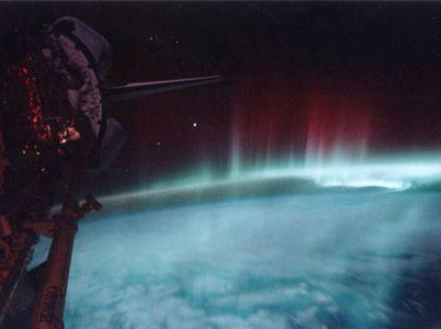 Il dottor Ellis Silver propone una teoria sulla provenienza aliena della razza umana
