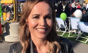 """VIDEO: Tangotuomari Katja Kätkä kehuu naisten tasoa ja korostaa tulkintaa: """"Pitää mennä iholle"""""""