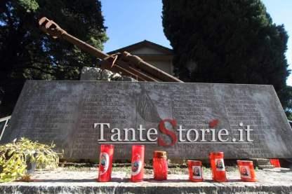 Il monumento alle vittime civili di guerra nel cimitero di Castro dei Volsci