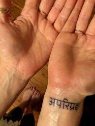 aparigraha-tatto-sanscrito-tantra-press-tantraesdevocion-inciensoshop