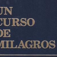 Un curso de Milagros, el libro y conferencia Enric Corbera