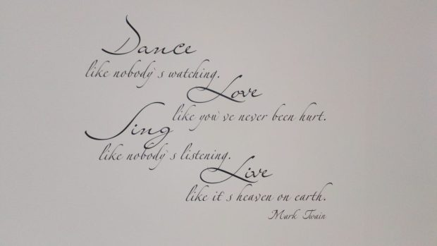 Marc Twain: Dance like nobody is watching
