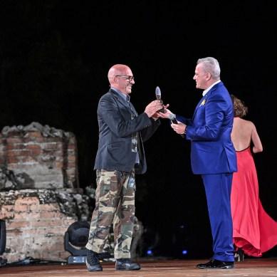 Antonio Marras (premiato da Giacomo Santucci CBI)