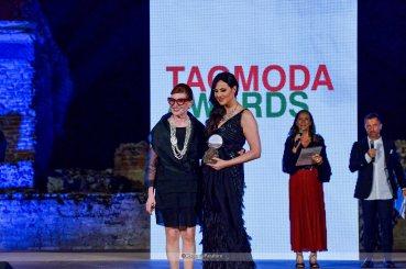 Isabelle Adriani premiati dall'assessore di Taormina Pina Raneri