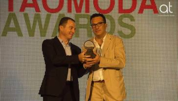 Paolo Buonvino premiato da Diego Crisafulli (Euronics gruppo Bruno)