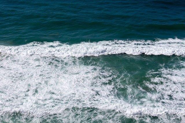ondas mar azul