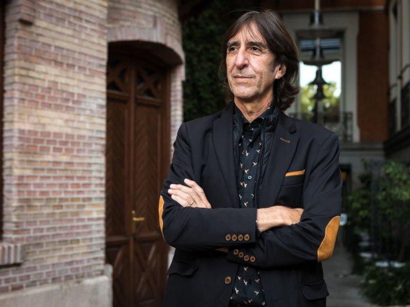 """Benjamín Prado: """"Me parecía maravilloso que en los restaurantes se marcase la calidad en tenedores"""""""