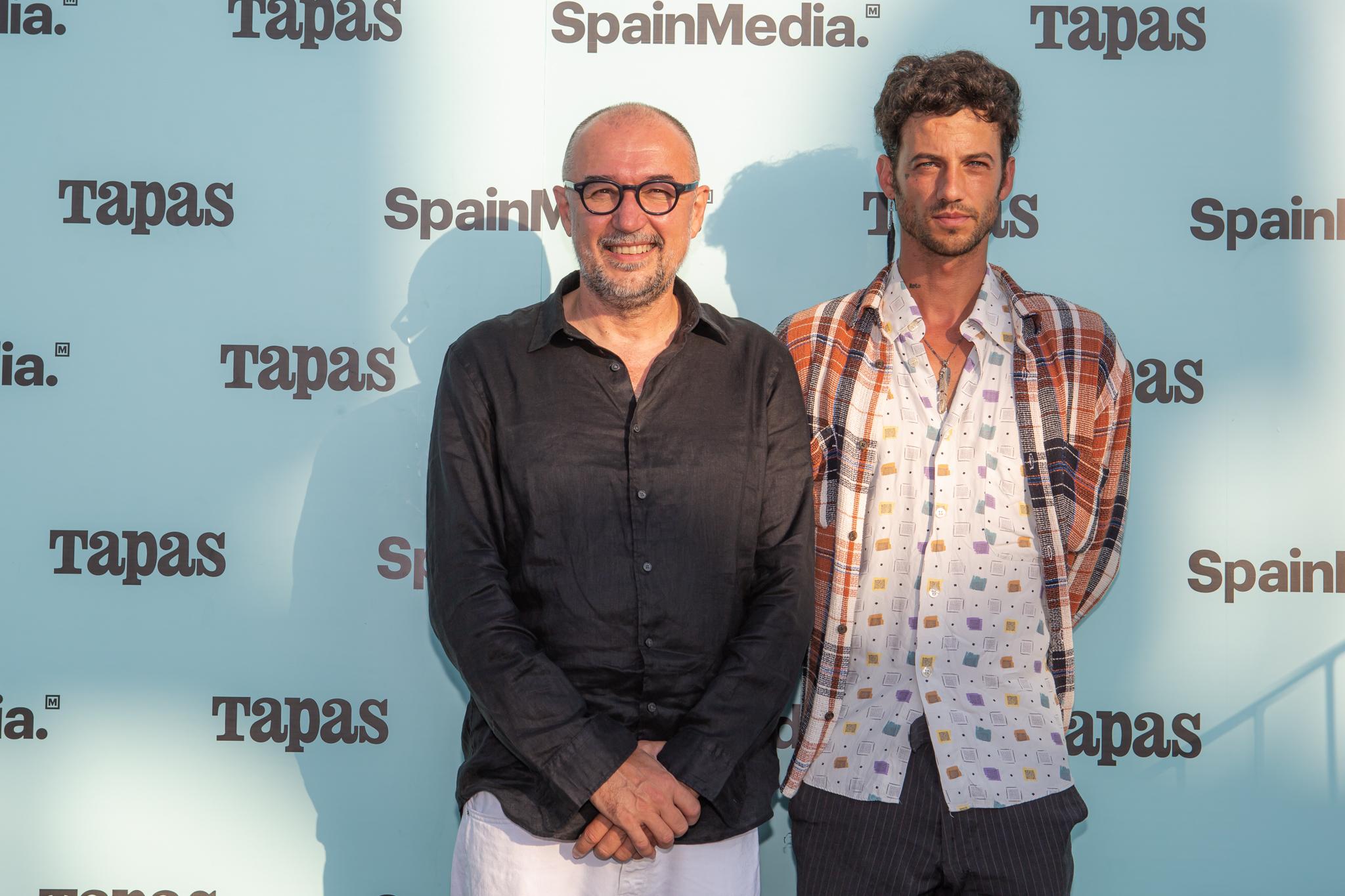 Andres Rodríguez y Jorge Brazález - Roto