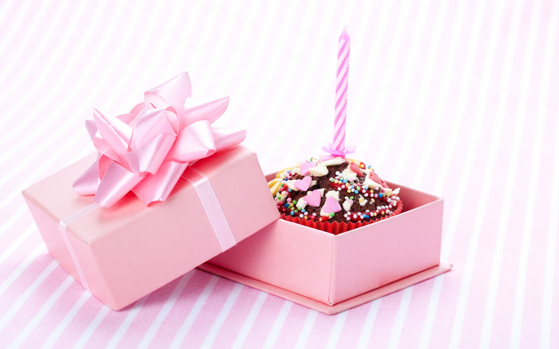 Urodziny Prezent Wieczka Tort