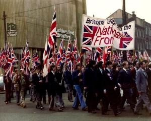 National Front mielenosoitusmarssilla Yorkshiressä 1970-luvulla.