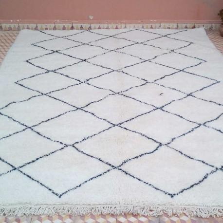 berber beni ouarain rug 310 x 210 cm home made woollen rug of morocco