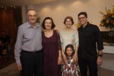 Jurandir e Eliane Picanço, Sandra, mauro Jr e Julia Clark