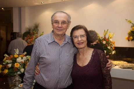 Jurandir e Eliane Picanço