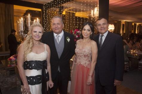 Sandra Mourão, Angelo Figueiredo, Roberta e Raimundo Philomeno _