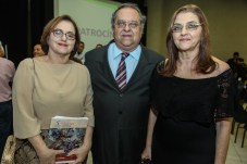 Silvia , Joao Dummar Filho e Carmen Dummar