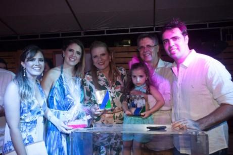 Beatriz, Thais, Valeria, Jose Carlos e Gama Filho