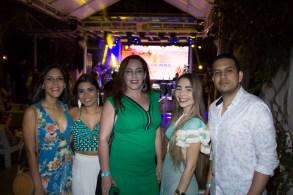 Fabrícia Salgado, Gislaine Castro, Marjorie Tocachelo, Sabrina Castro e Jeferson Leite (4)