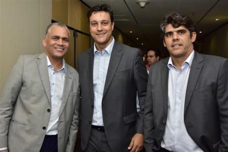 João Alberto Silva Neto, Felipe Martins e Carlos Augusto Oliveira