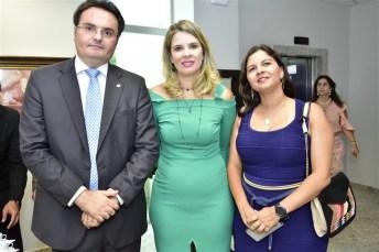 Leonardo Moura, Mariana Lobo e Elizabeth Chagas