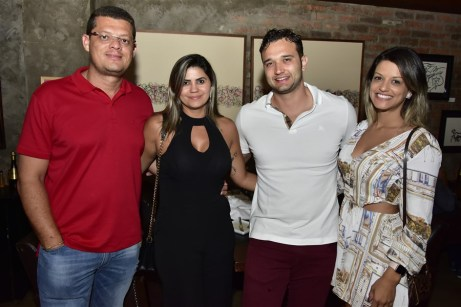 Luiz Alves, Flaviana Moura, Silvio Santos e Liliane Almeida