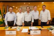 Renato Aragão, Chico Esteves, Beto Studart, Ricardo Cavalcante e Antônio José