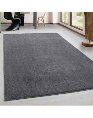 tapis de salon pile courte moderne couleur unique mouchete gris claire