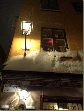 Snö på Järntorget