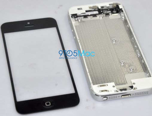 iPhone 5 Photo - Chassis and Screen