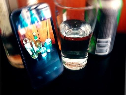 Social Media drinking game Neknomination