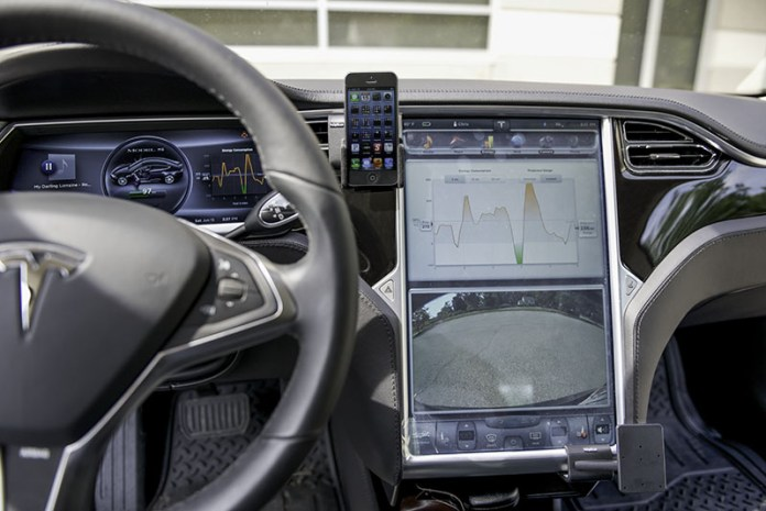 Have you been falling out of love with your Tesla Model S? Elon Musk feels your pain and has a plan to rekindle your affair using your iPhone