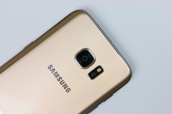 Galaxy Note 7 production cutoff increases demand for Galaxy S7 edge