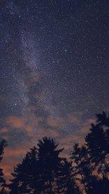 Night Sky iPhone 7 Wallpaper
