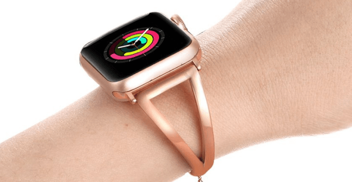 An image of the rose gold Vintage Classy Stainless Steel Apple watch band designed by Fastgo.