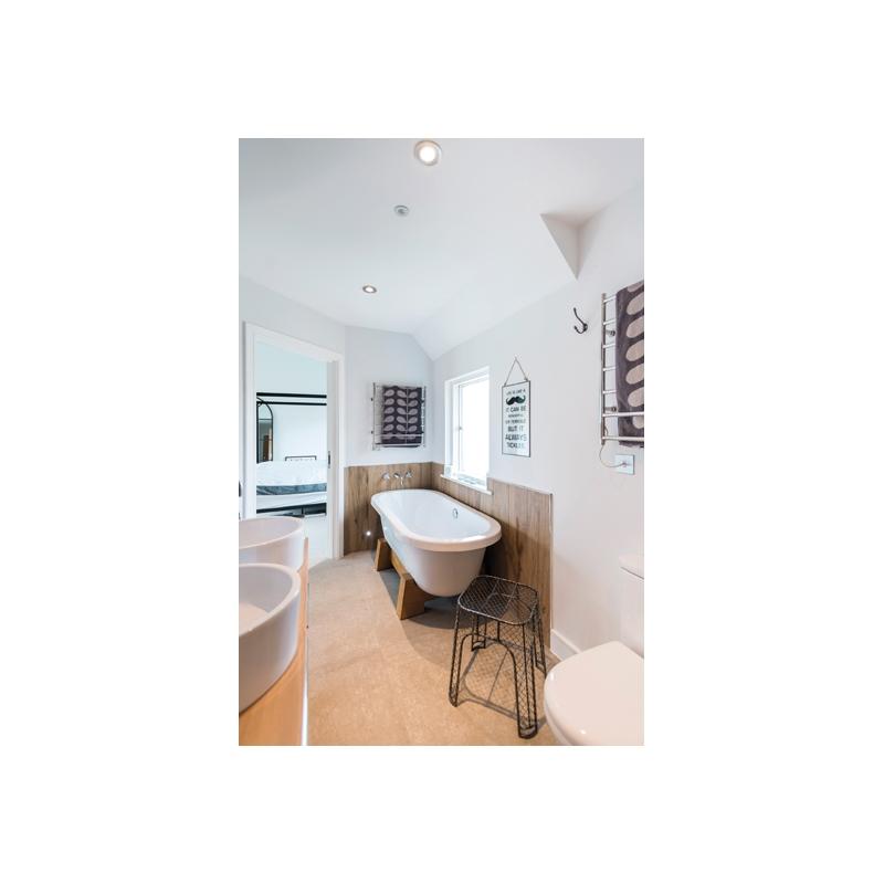 Vado Elements Wall Mounted Bath Filler 200mm Spout