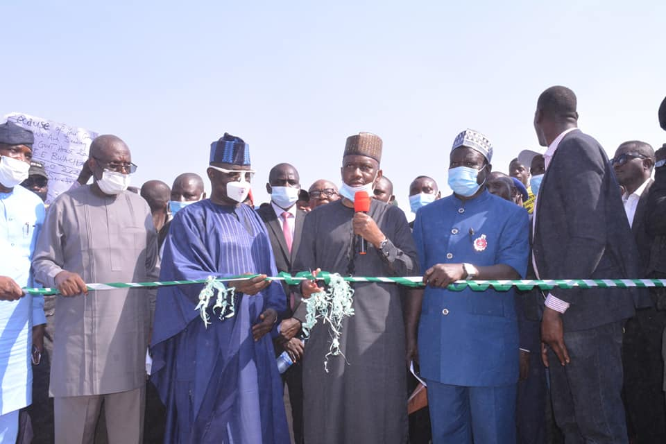 Mararaba-Donga Road Flagged-Off by Gov. Ishaku