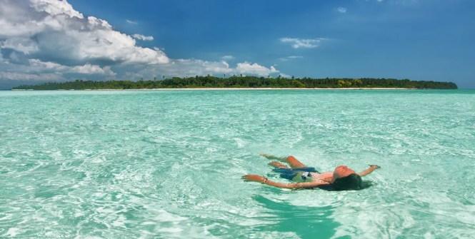 Balabac island hopping - Candaraman Island