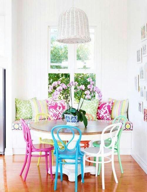 scaune colorate 5