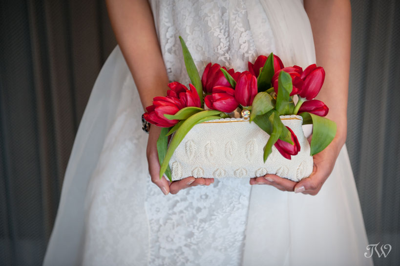 tulip-wedding-bouquets-calgary-wedding-photographer-03
