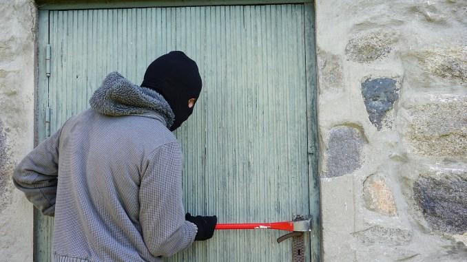 Sécurité, la police alerte les commerçants Tarbais