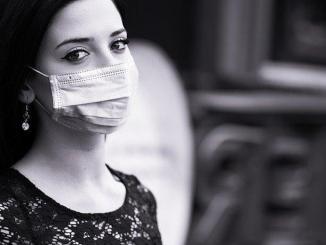 Coronavirus l'OMS recommande le port du masque dès l'âge de 12 ans