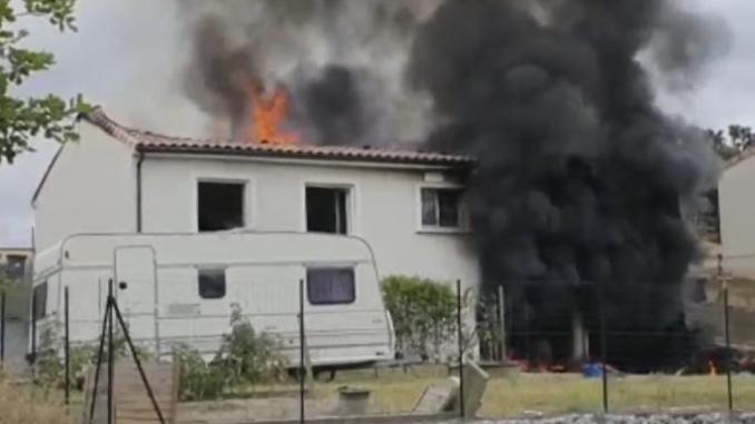 Région un violent incendie détruit une maison