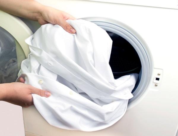 طريقة تنظيف الصدا من الملابس البيضاء طريقة
