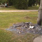 Spalona toaleta w Parku Wiecha. A gdzie te kamery?