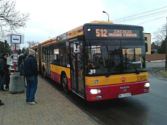 """512 na tymczasowym krańcu """"Zacisze"""" /fot. targowek.info"""