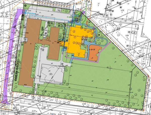 Istniejąca szkoła to kolor brązowy. Przedszkole modułowe zaznaczono na żółto - znajdzie się dalej od ul. Suwalskie, która przebiega na dole planu. Wyremontowany będzie też chodnik prowadzący od ulicy do wejścia do szkoły / rys. materiały przetrargowe