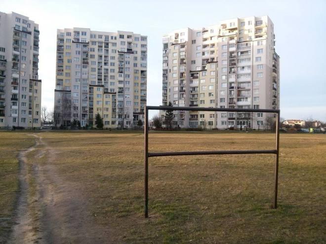 Plan zdecyduje czy na działce między Trocką na Zamiejską staną wielkie bloki czy małe budynki / fot. targowek.info